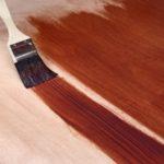 Как покрыть лаком деревянную поверхность